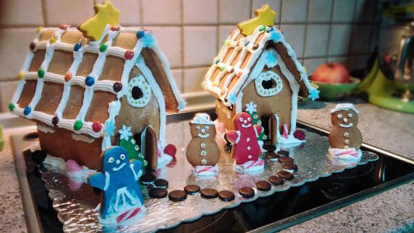 Σπιτάκια Τζίντζερμπρεντ - Gingerbread Houses