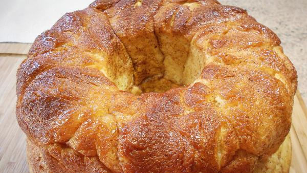 Σπιτικό Ψωμί Κανέλας - Homemade Cinnamon Bread
