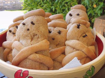 Λαζαράκια με Ζύμη Τσουρεκιού - Lazarakia Brioche Breads
