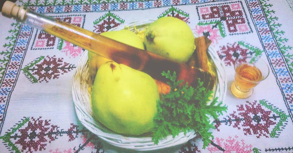 Λικέρ Κυδώνι με Γαρύφαλλο - Liqueur Quince with Cloves