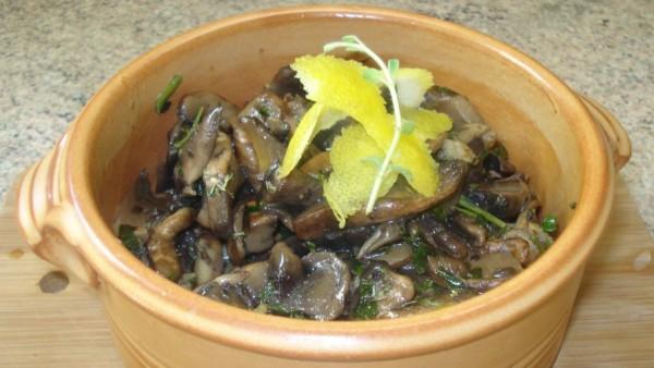 Σαλάτα Μανιτάρια - Mushroom Salad